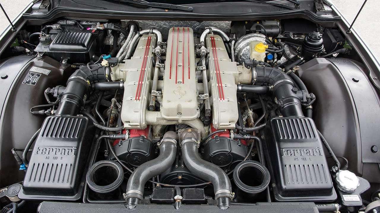 Фото двигателя Феррари 550 Маранелло