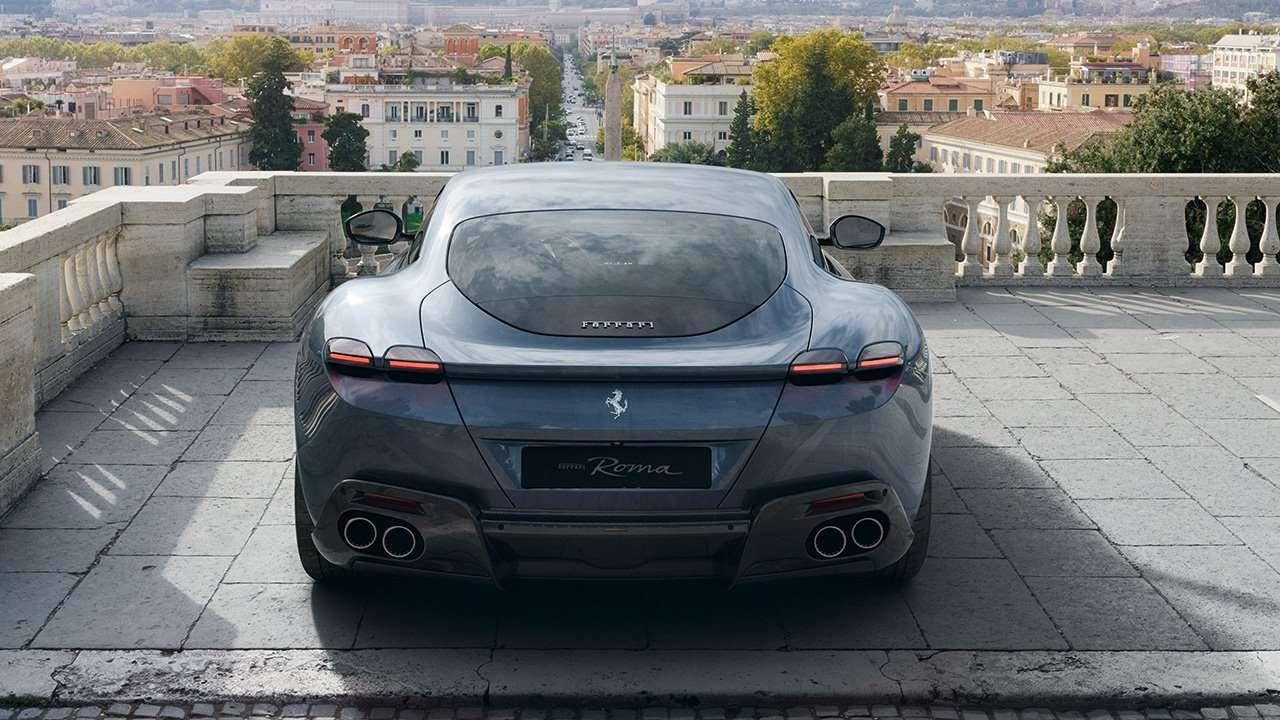 Фото Ferrari Roma сзади