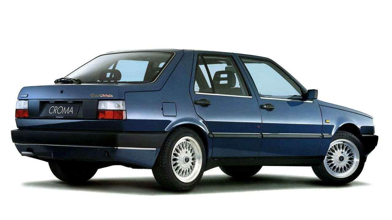 Задняя часть Fiat Croma 154