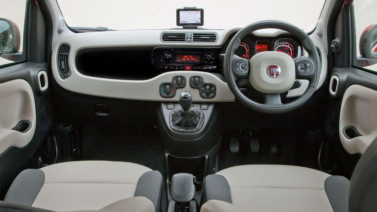 Фото салона Fiat Panda 3