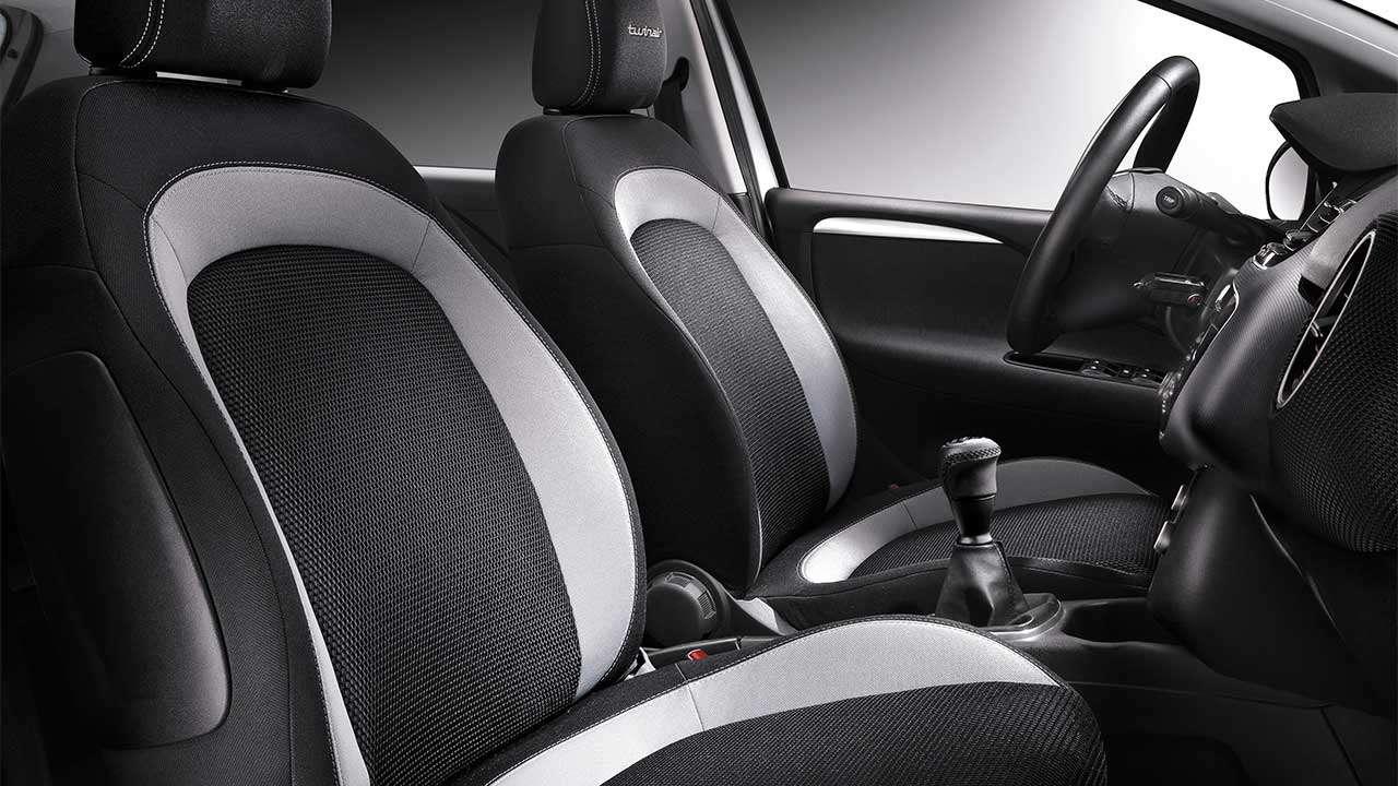 Передние сиденья Fiat Punto 3