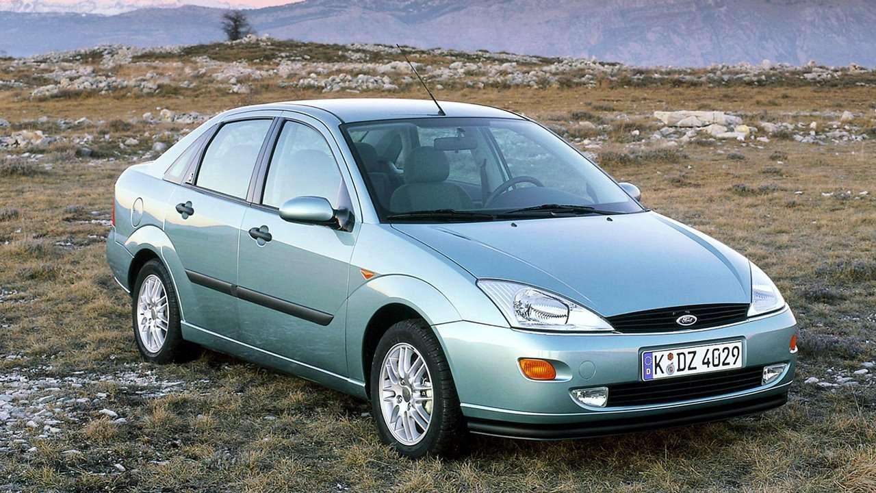 Ford Focus I (1998-2005) фото спереди