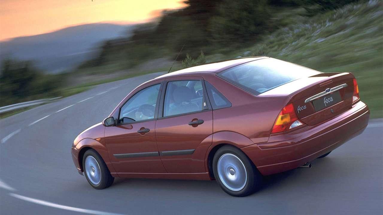 Задняя часть Ford Focus 1998-2005