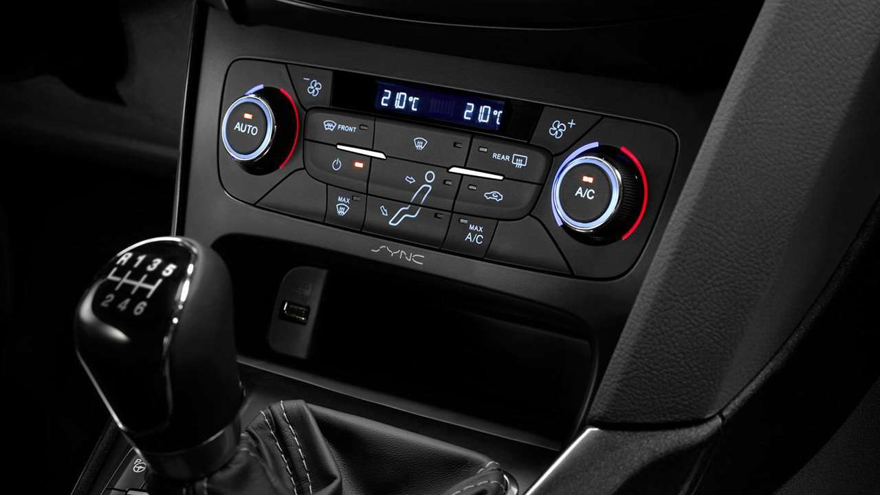 климат-контроль Форд Фокус 3 (2011-2019)