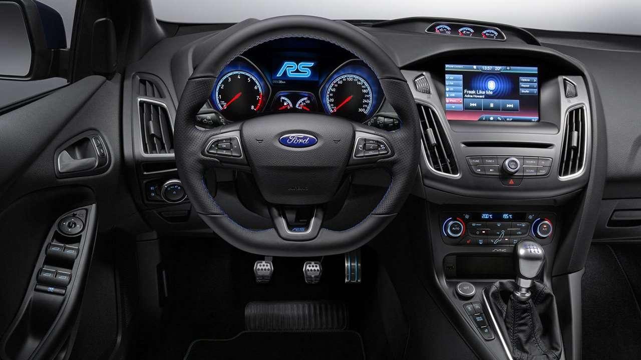 Ford Focus RS 3 (2017-2018) хэтчбек фото интерьера