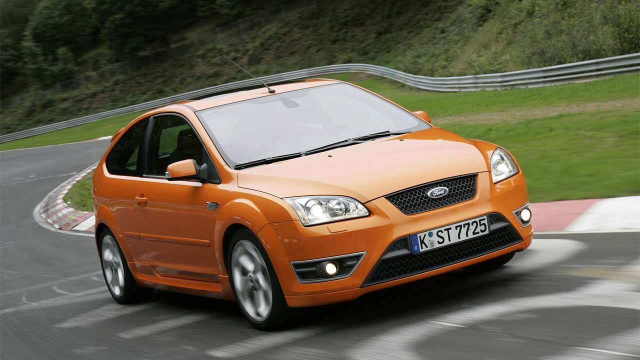 Ford Focus ST 2 на трассе