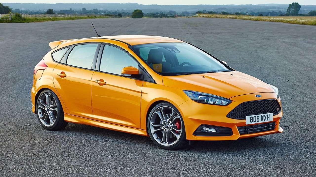 Фото желтого Ford Focus ST 3