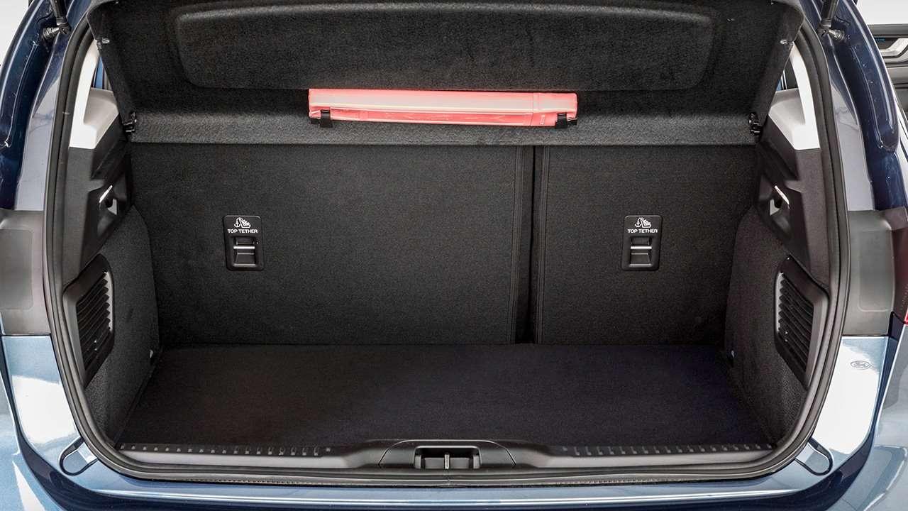 Фото багажника Ford Focus