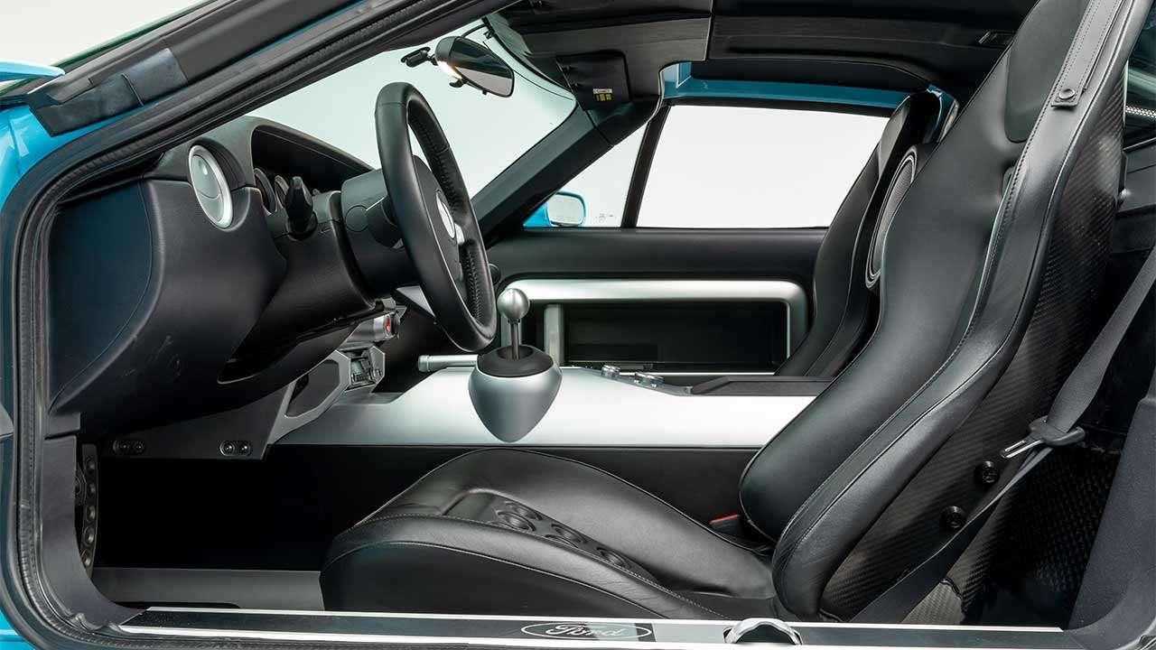 Сидень Ford GT