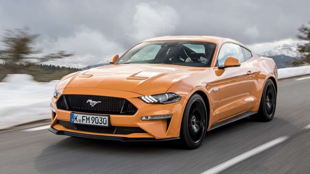 Ford Mustang 2019-2020 фото спереди