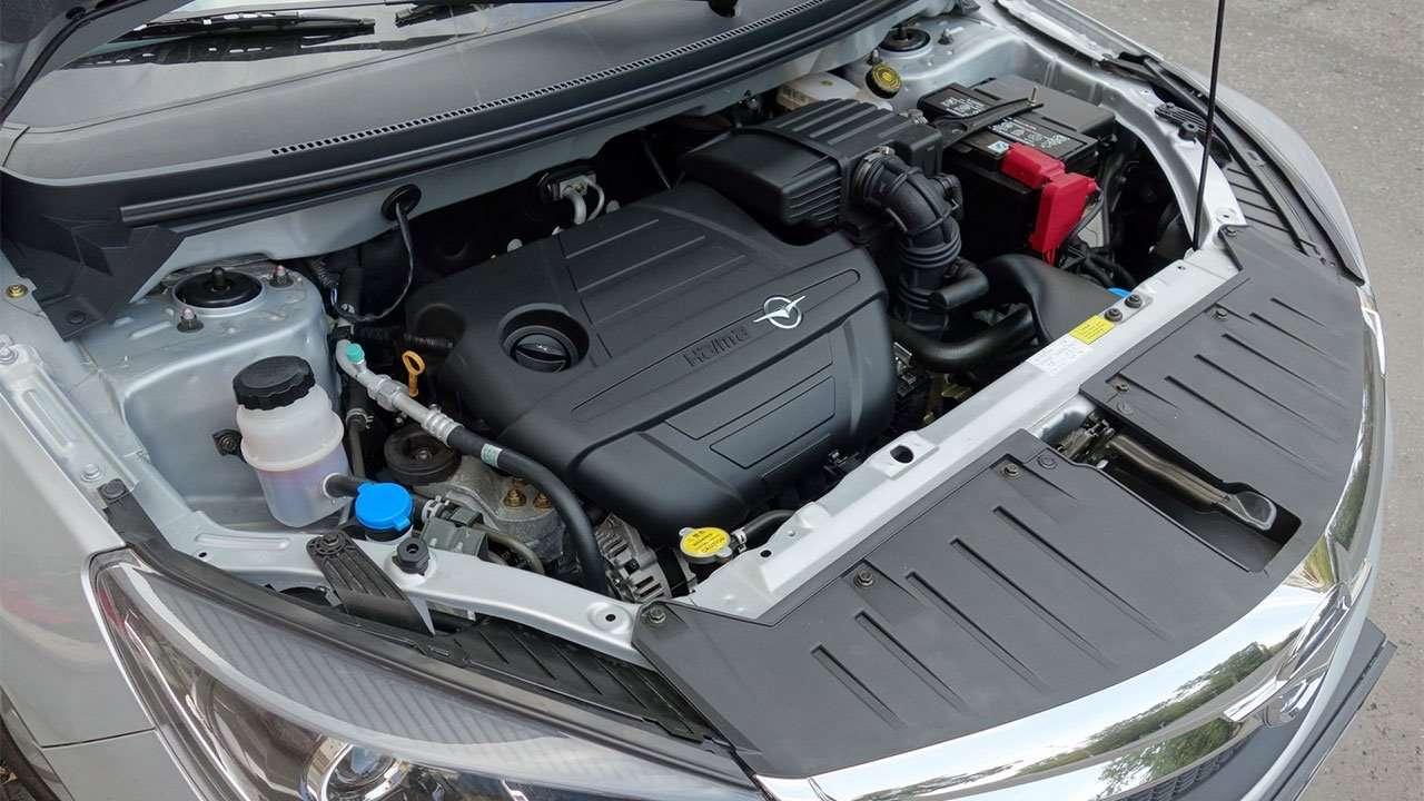 Фото двигателя Haima M3