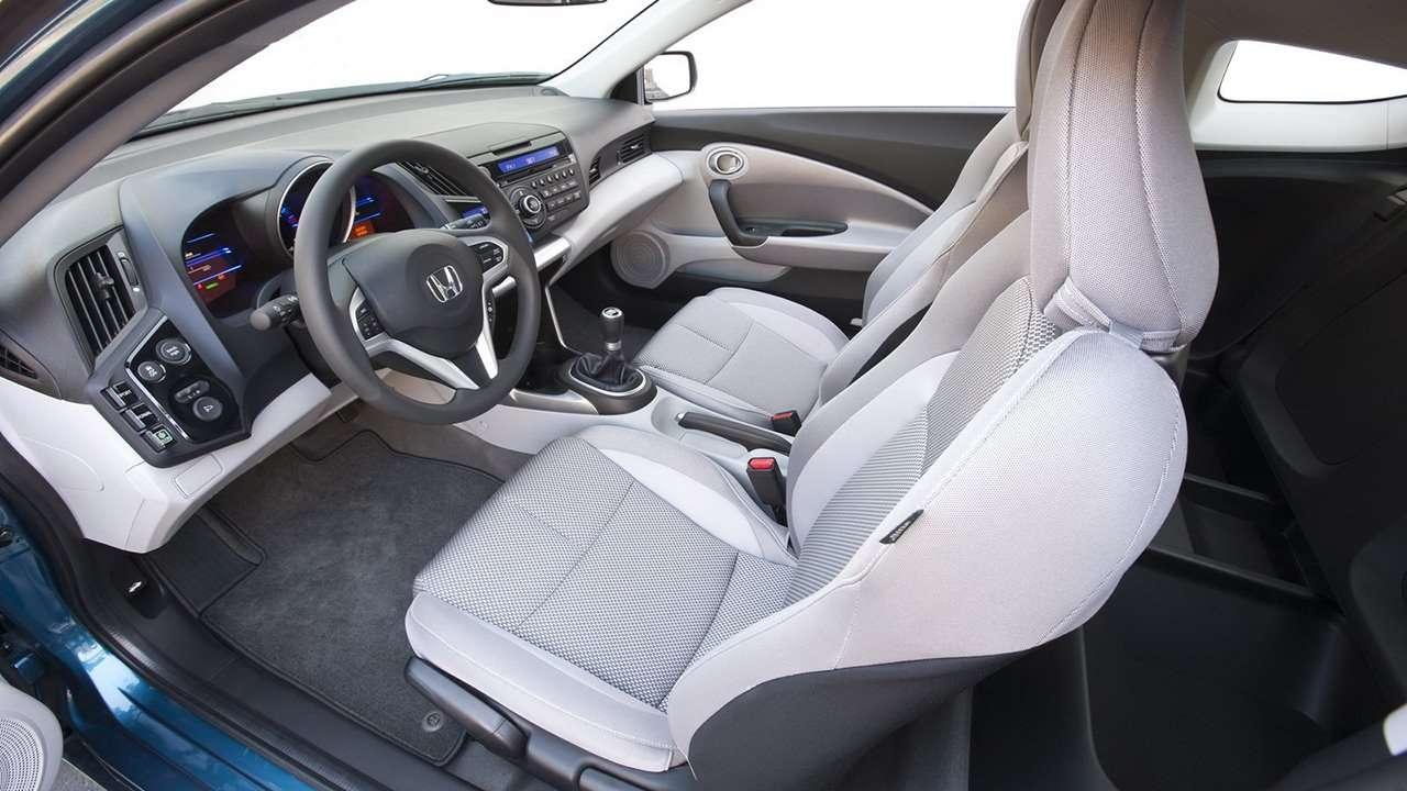 Honda CR-Z Hybrid 2010-2016 фото передних сидений