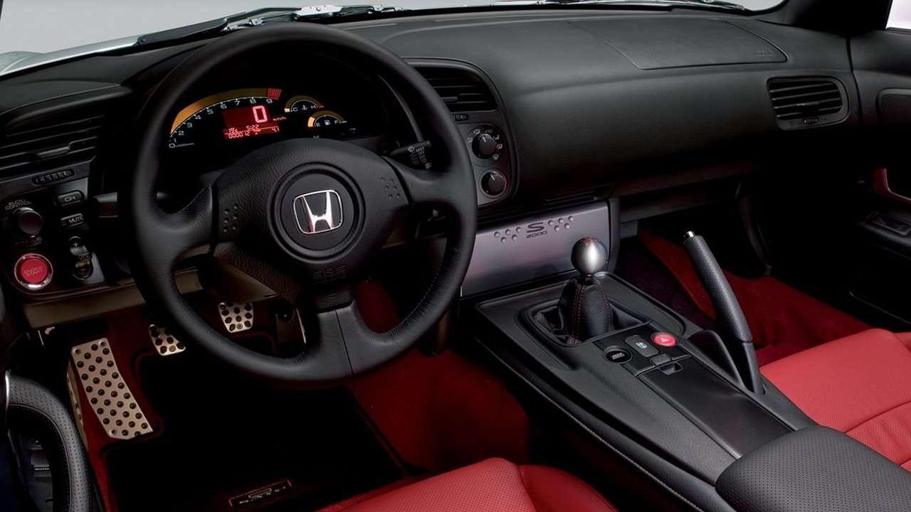 салон Хонда С2000