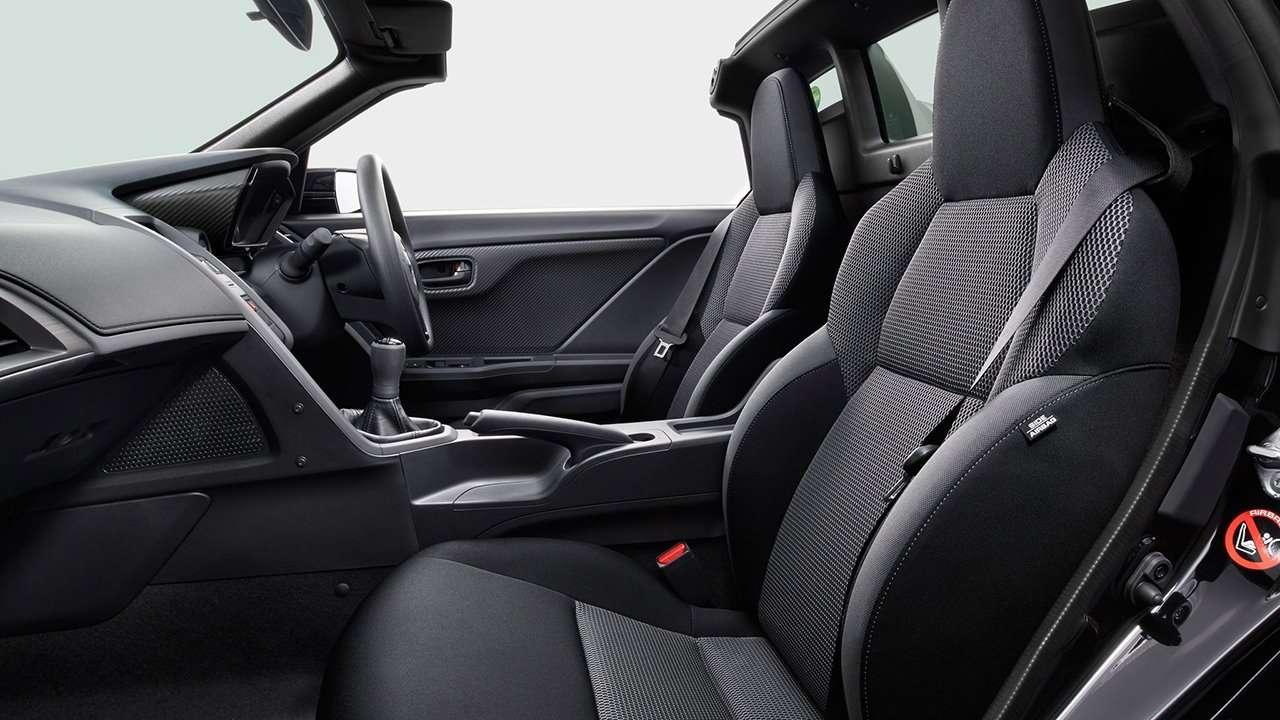 Honda S660 фото интерьера