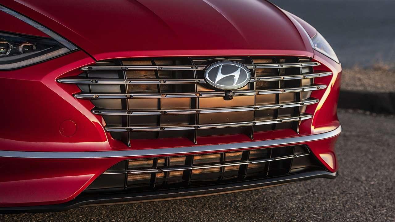 Радиаторная решетка Hyundai Sonata 2020