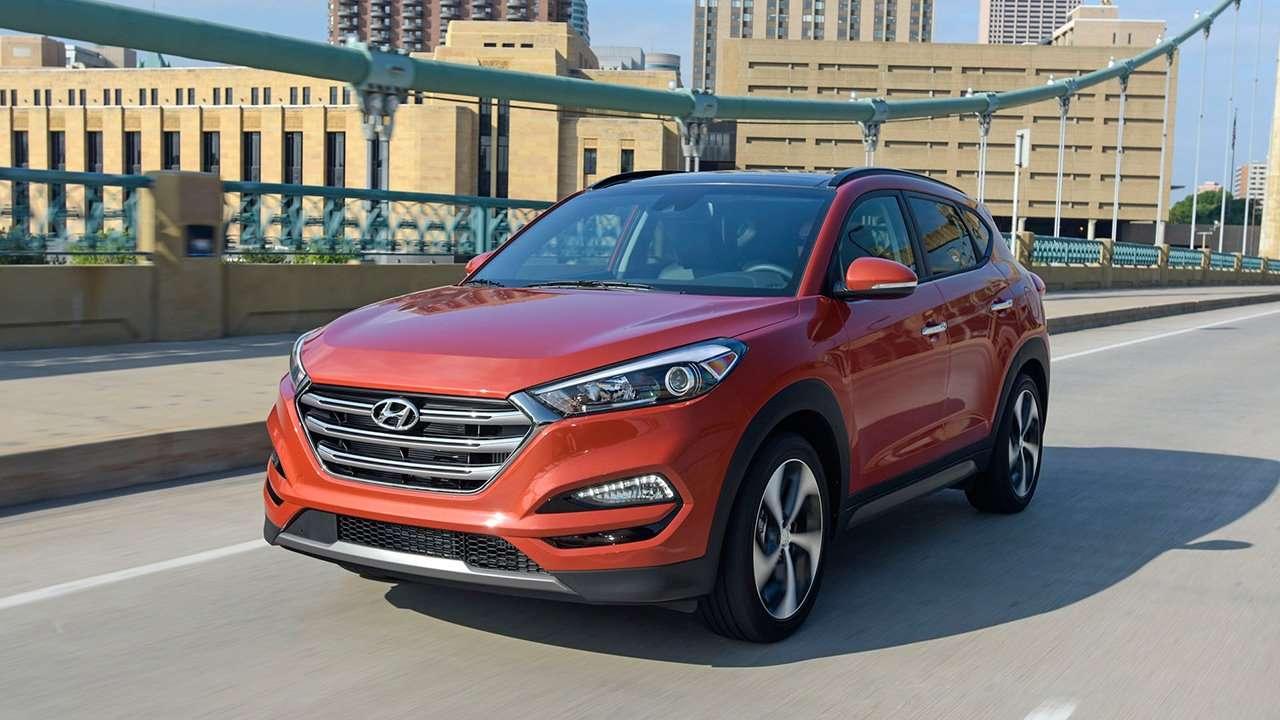 Hyundai Tucson TL дорестайлинг фото спереди