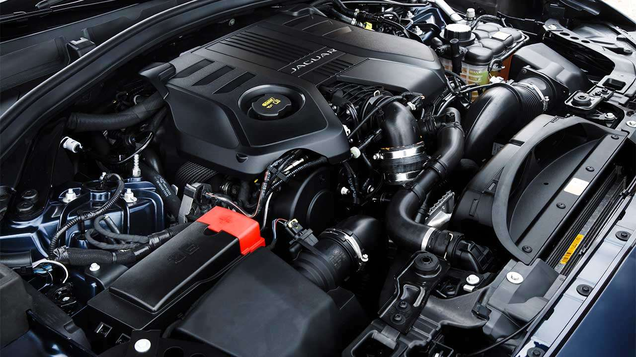 Дизельный мотор Ягуара Ф-Пейса