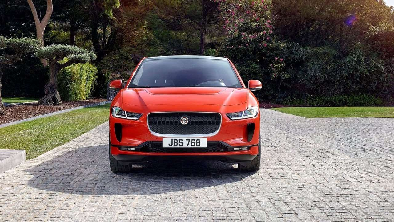 Передняя часть Jaguar I-Pace 2018-2019