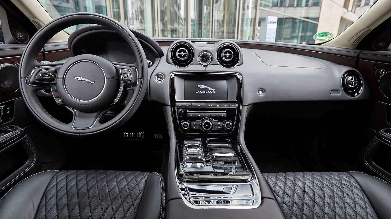 Jaguar XJ 2020-2021 X351 салон