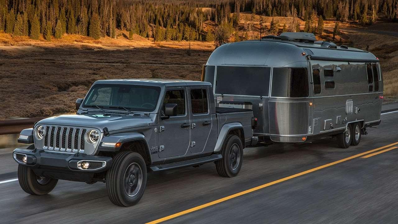 Jeep Gladiator 2020-2021 с прицепом