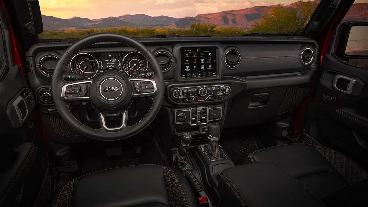 Салон нового Jeep Gladiator