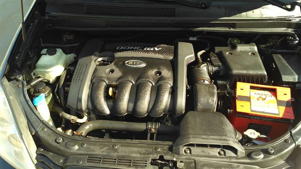Фото двигателя КИА Каренс 2006-2012