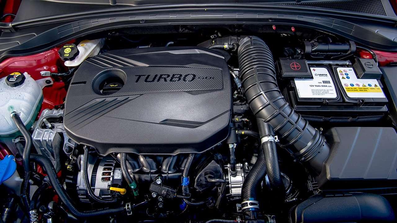 Фото двигателя KIA Ceed GT 2020-2021