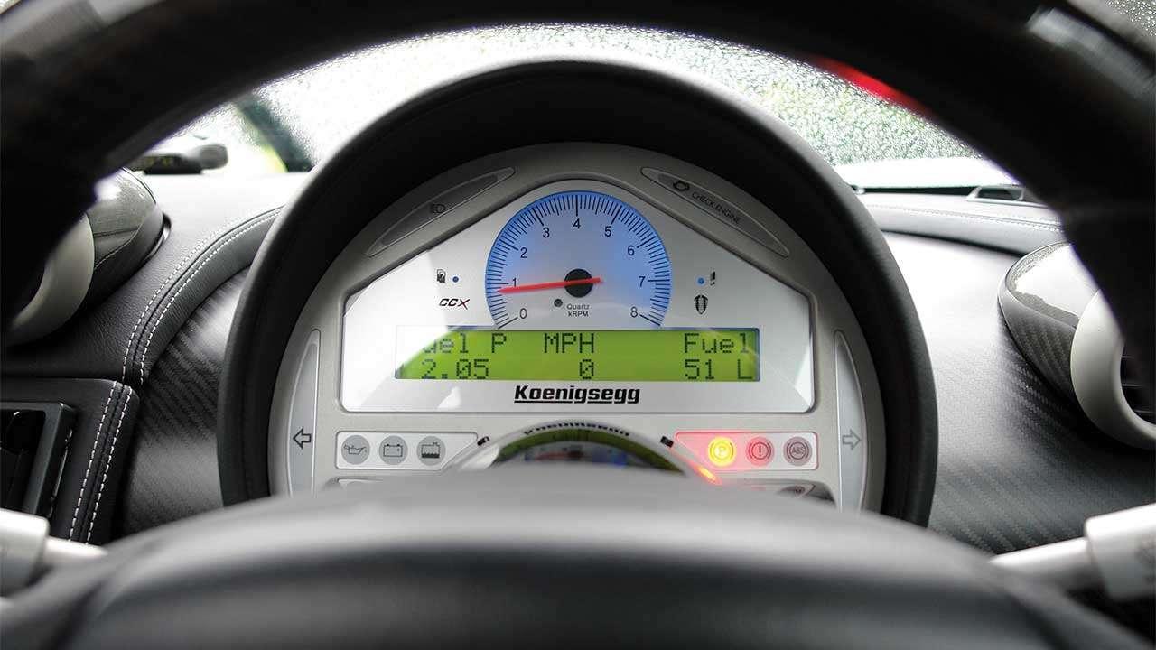 Приборная панель Koenigsegg ССХ