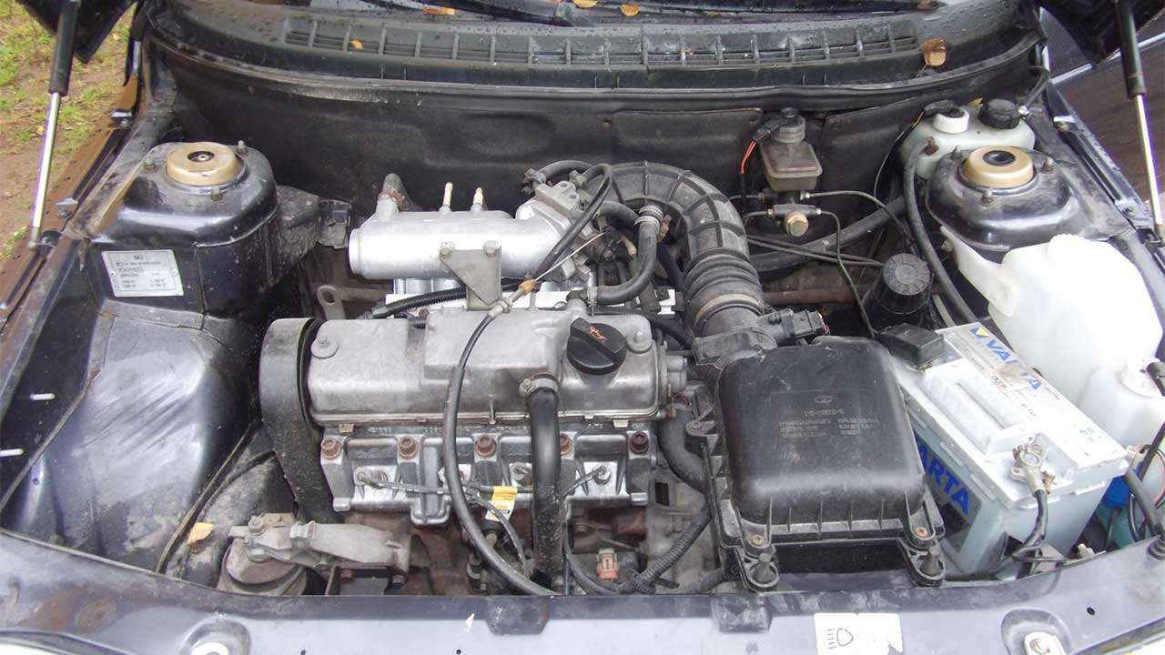 Фото мотора ВАЗ 2110