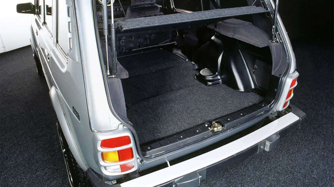 Фото багажника Нивы
