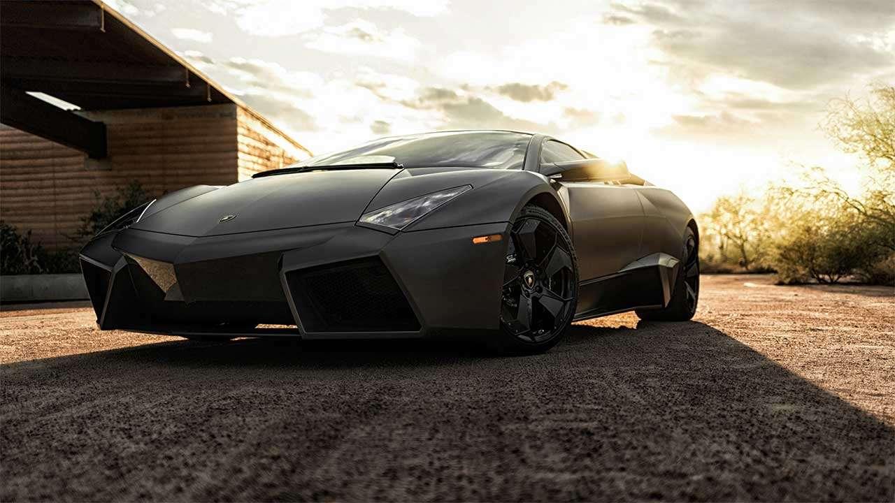 Передняя часть Lamborghini Ревентон
