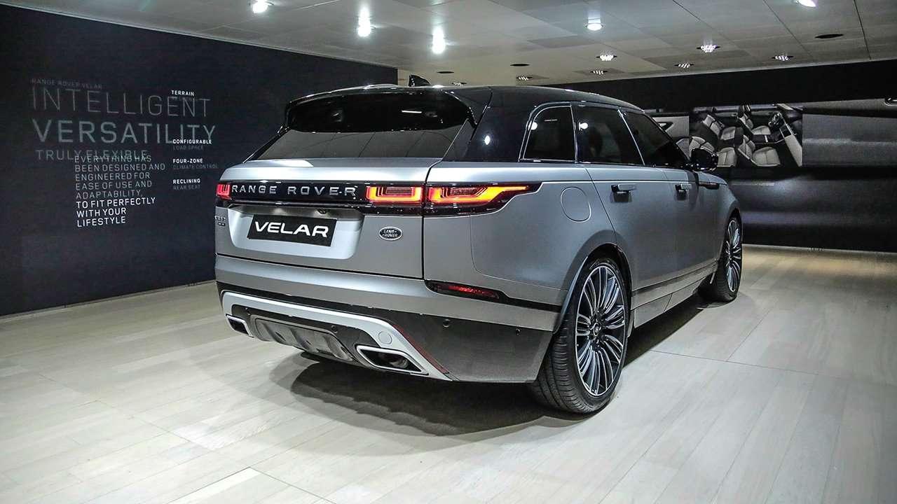 Range Rover Velar 2020-2021 фото сзади