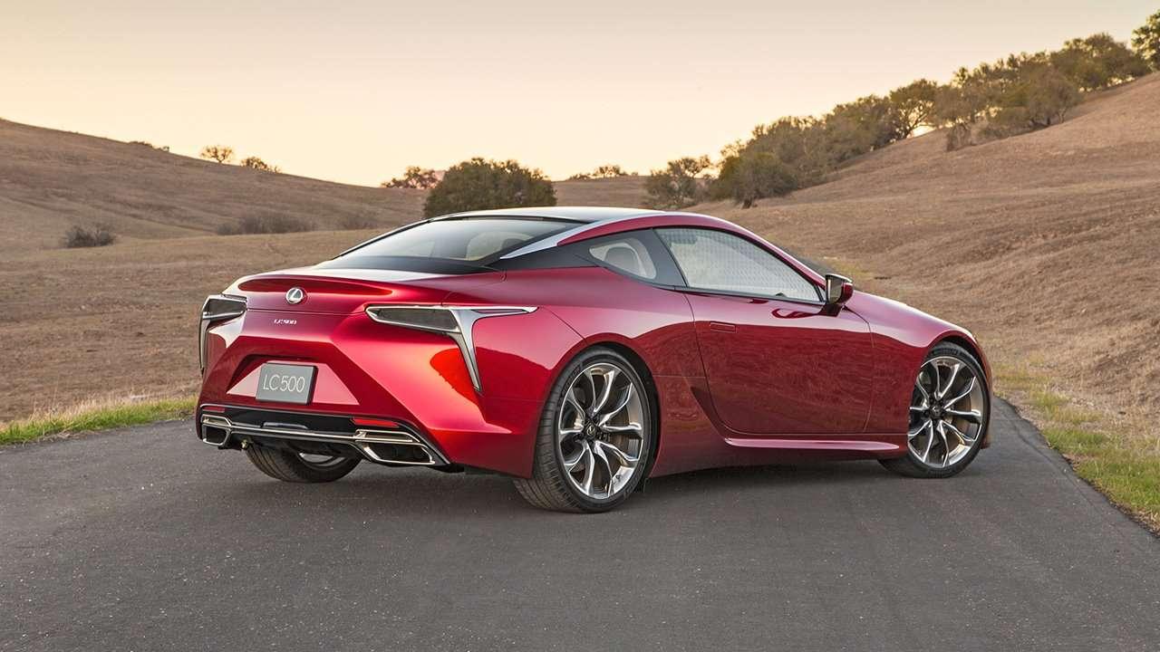 Lexus LC 500 2020-2021 фото сзади