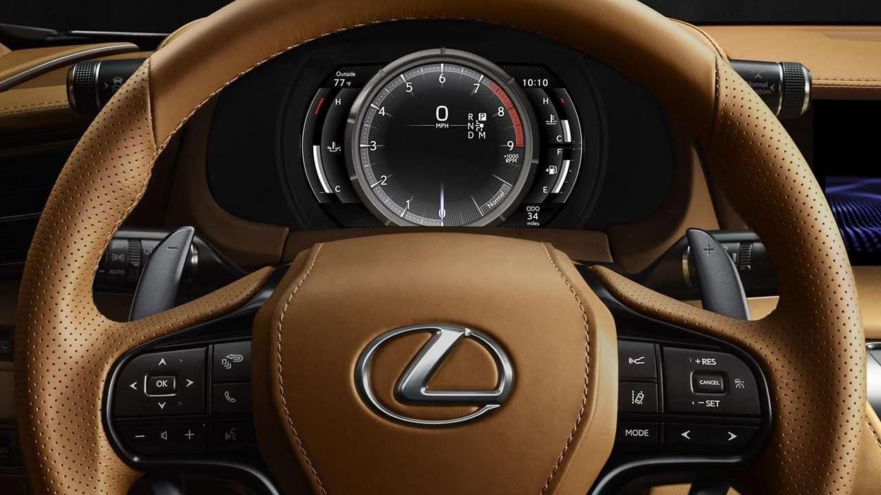 Lexus LC 500 2020-2021 фото приборной панели