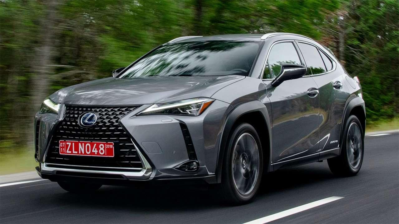 Lexus UX 2019-2020 фото спереди