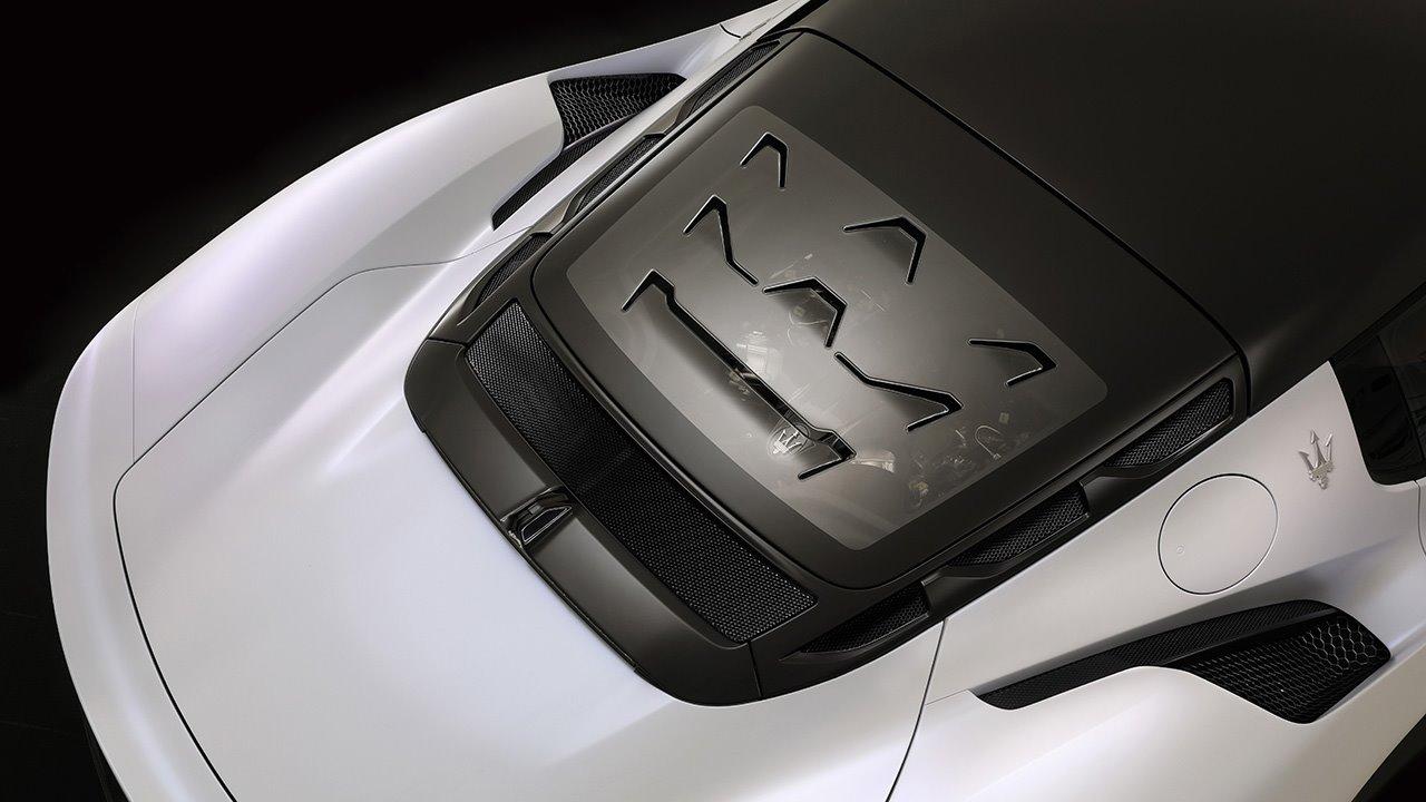 Логотип на задней крышке