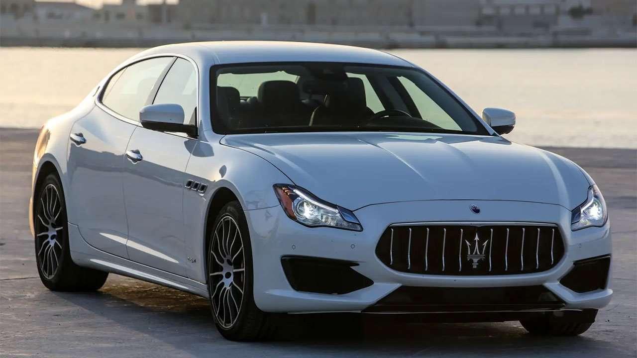 Maserati Quattroporte 2020-2021 фото спереди