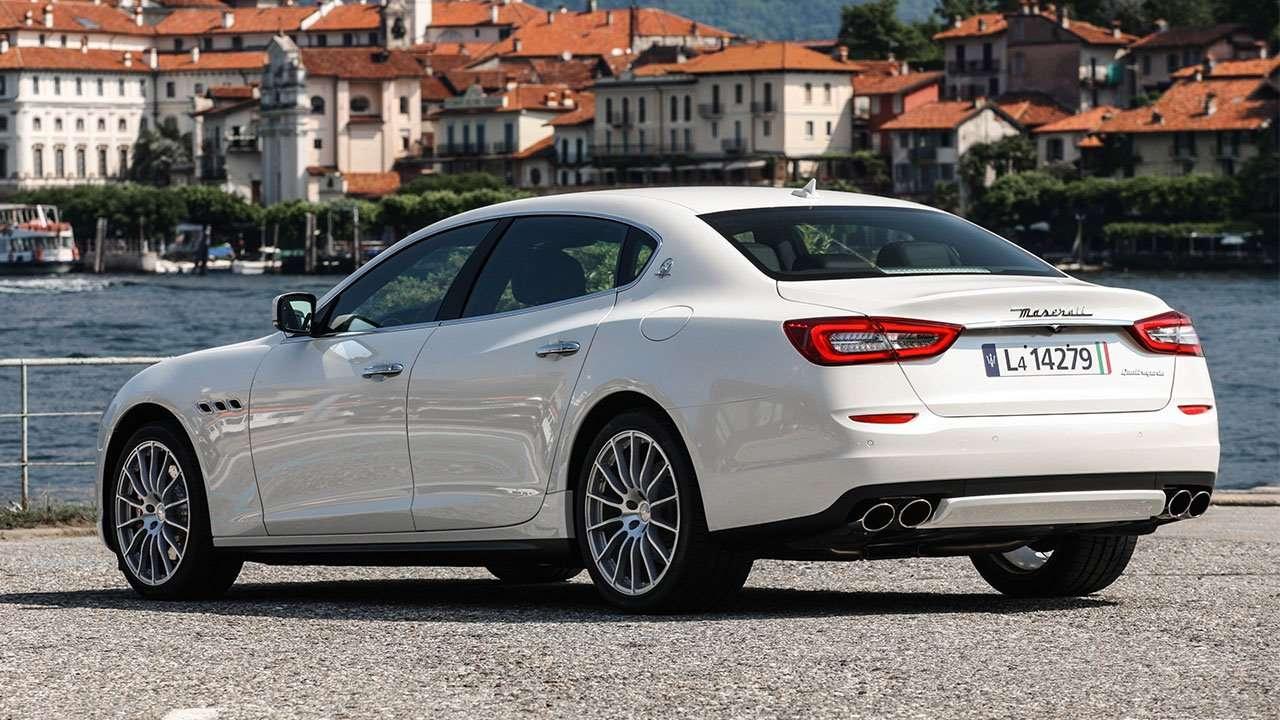 Maserati Quattroporte 2020-2021 фото сзади