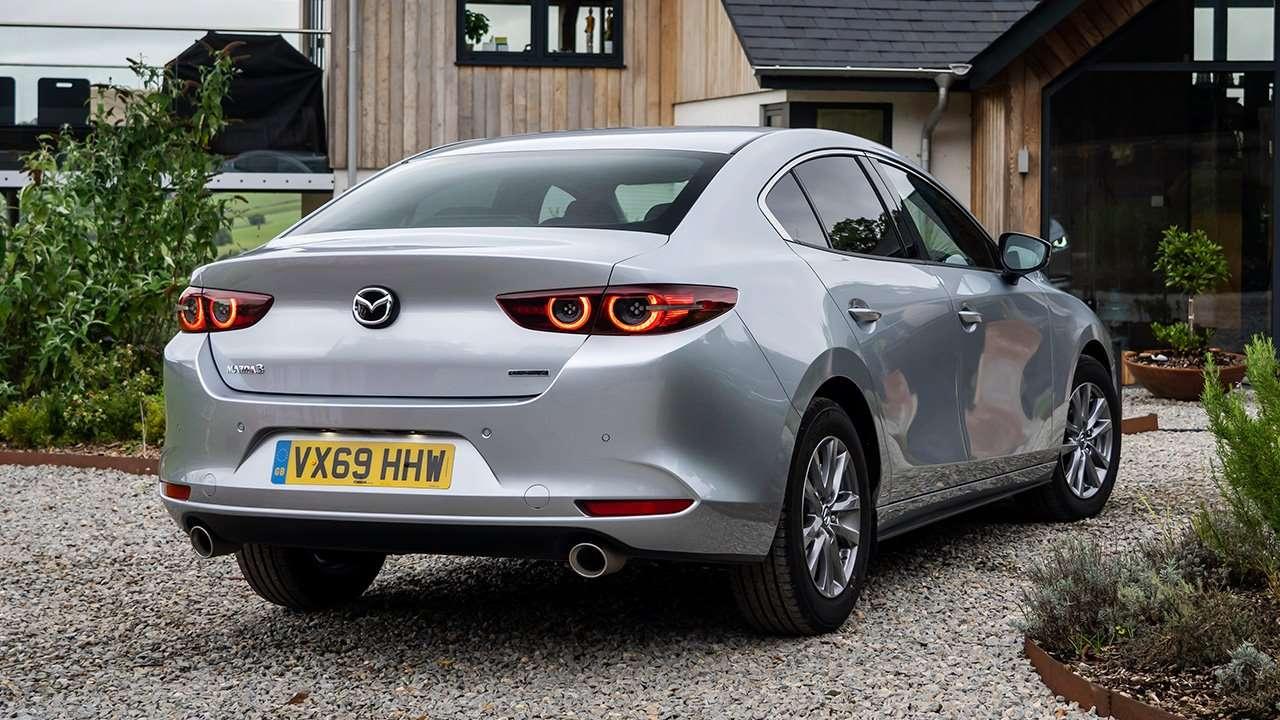 Задок седана Mazda 3 2020-2021