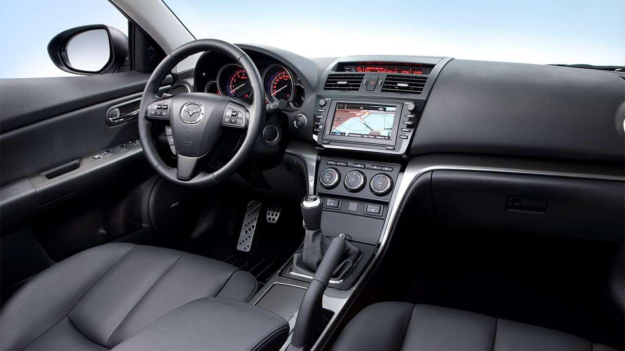 Фото салона Mazda 6 GH