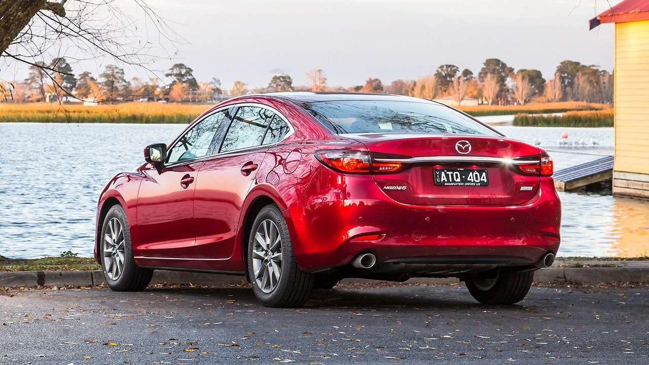 Задняя часть Mazda 6 2020-2021