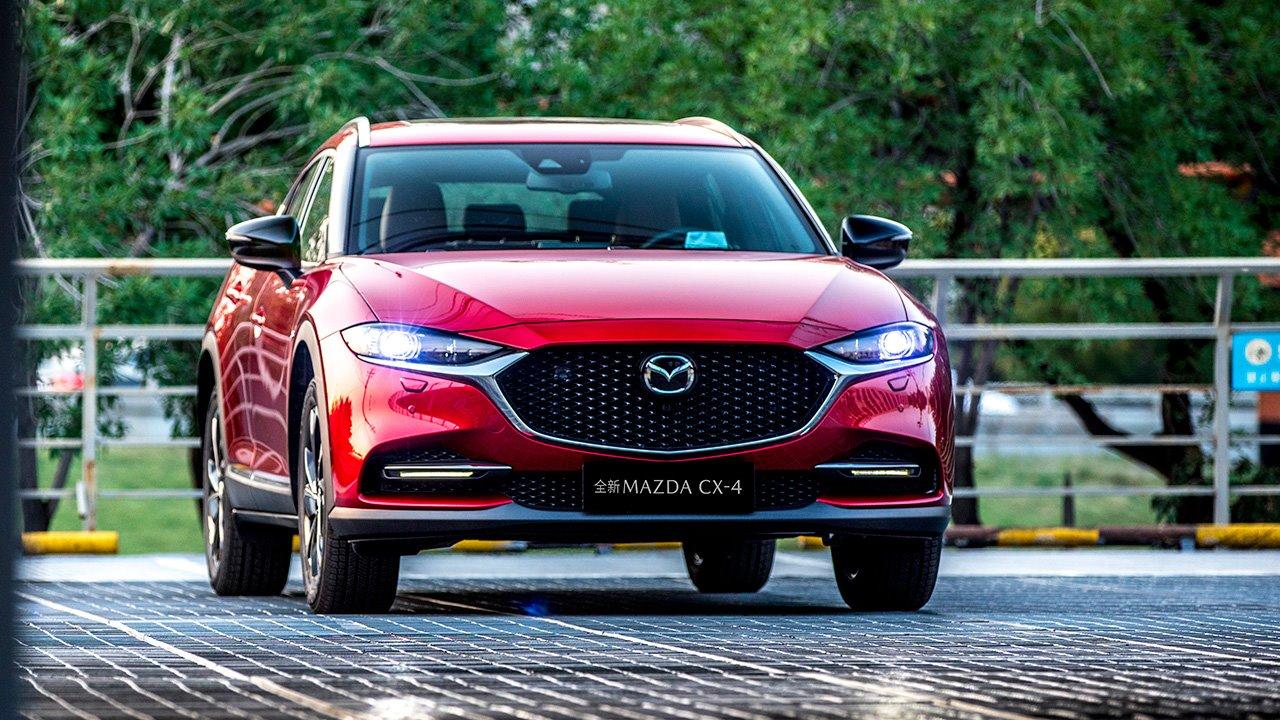 Фото передка Mazda CX-4
