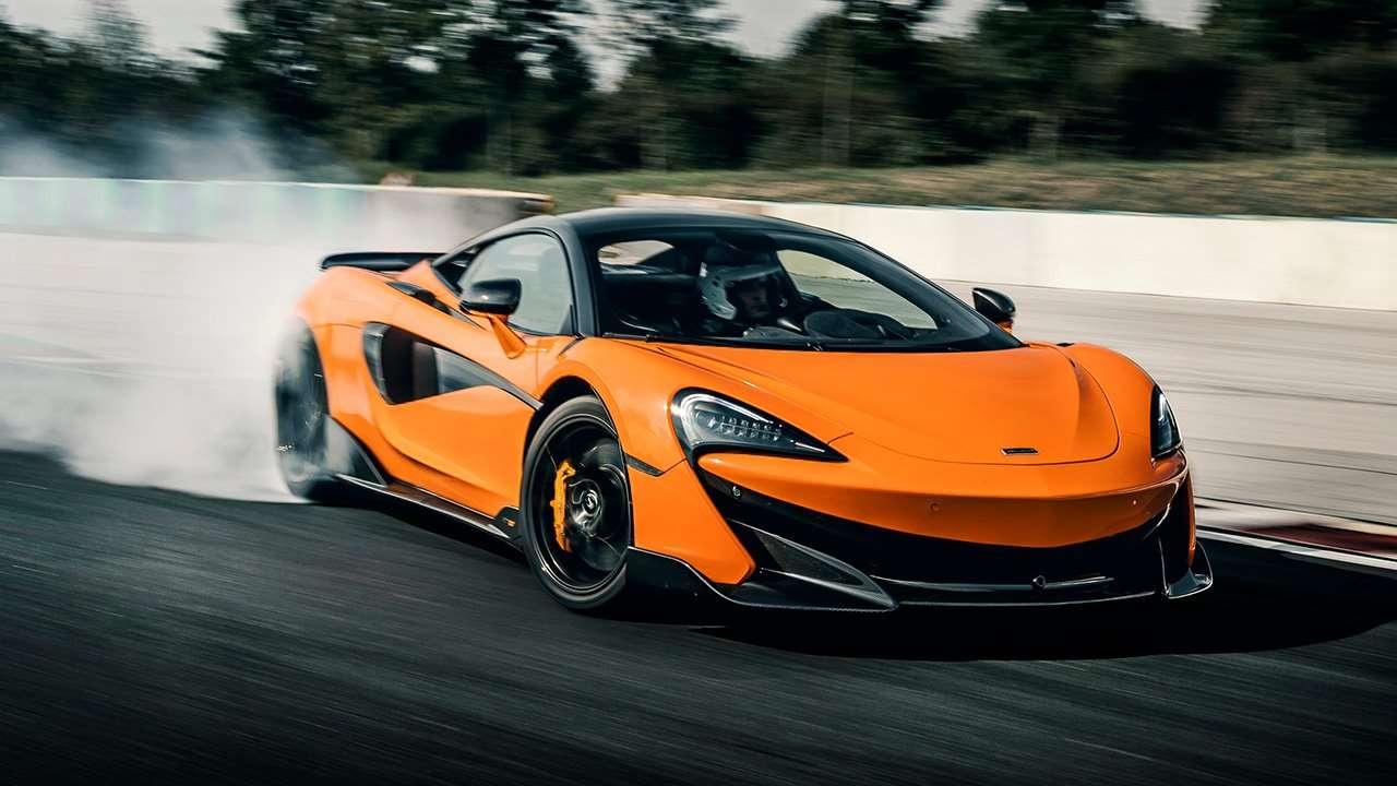 McLaren 600LT в заносе