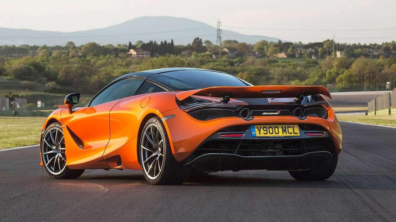 McLaren 720S 2020-2021 фото сзади