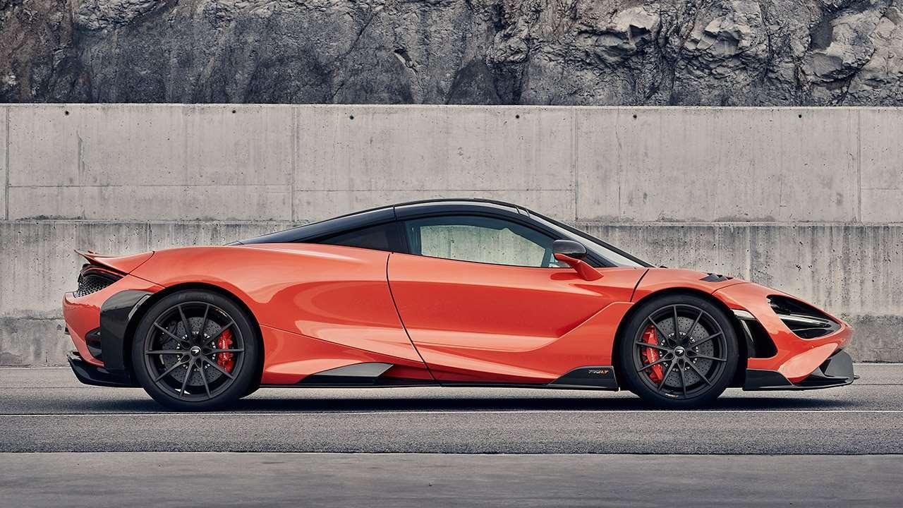 Фото McLaren 765LT сбоку