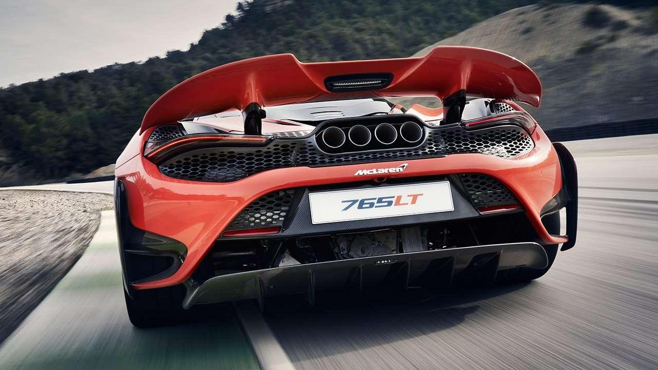 4-ствольный выхлоп McLaren 765LT