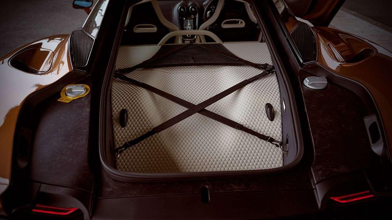 Задний багажник МакЛарен ГТ