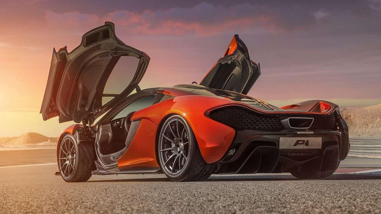 McLaren P1 2015 фото сзади