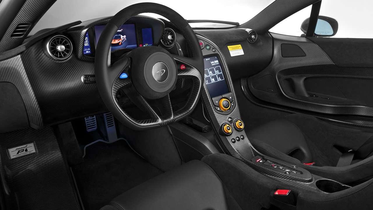 McLaren P1 2015 салон