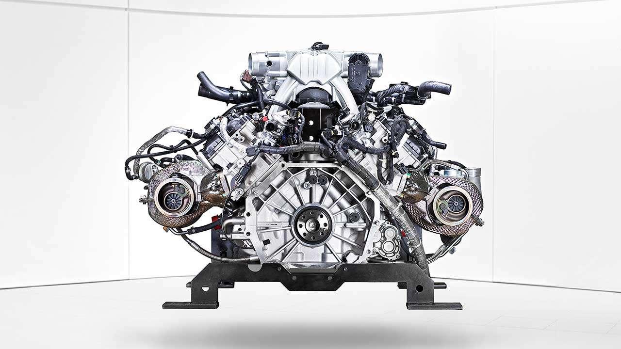 Фото двигателя МакЛарен P1